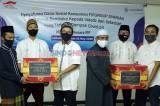 1.000 Ustaz Terdampak Covid-19 Terima Bantuan Paket Sembako dari Dana Sosial Syariah FIFGROUP