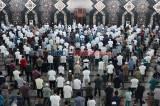 Begini Suasana Salat Jumat di Masjid Agung At-Tin Saat PSBB Transisi
