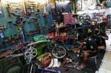 Tren Bersepeda Meningkat, Bengkel di Kalibata Kebanjiran Order Perbaikan