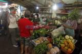 Satpol PP Pulo Gelar Patroli Protokol Kesehatan di Pasar Blok A