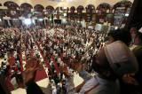 Ribuan Umat Islam Ikuti Suroboyo Muludan