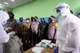 Kapolda Metro Jaya Tinjau Pelaksanaan Rapid Test dan Bakti Sosial di Tebet
