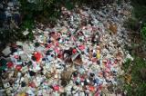 Kali Cijantung Depok Dipenuhi Tumpukan Sampah