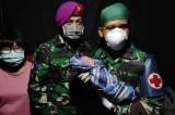 Penuh Perjuangan, Prajurit Marinir Bantu Persalinan Pengungsi Gempa Sulbar