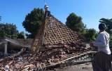 Hanya Menyisakan Kubah, Masjid Ini Pun Tak Luput dari Amukan Gempa Malang