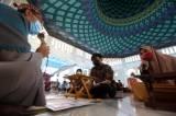 Direstui Orang Tua, Dua Mualaf Ini Bersyahadat di Masjid Al-Akbar Surabaya