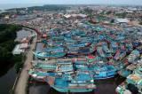 Libur Melaut Jelang Lebaran, Ratusan Kapal Nelayan Bersandar di Pelabuhan Tegal