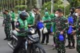 Bagikan 1500 Takjil, Kodam Jaya Berbagi Berkah di Bulan Ramadhan