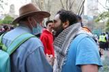 Adu Mulut Pendukung Palestina dan Israel Saat Aksi Unjuk Rasa di Toronto
