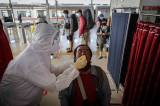 Tes Antigen Acak di Stasiun Tangerang