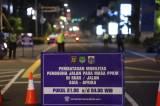 Jalan Asia-Afrika Ditutup Akibat Pembatasan Mobilitas Warga Jakarta