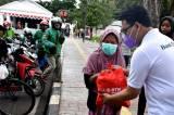 Bank BTN Bagikan Sembako Kepada Warga Terdampak Pandemi