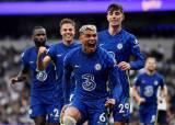 Foto Liga Inggris : Tampil Perkasa, Chelsea Permalukan Tottenham Hotspur 3-0