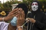 Aksi Teatrikal Petani Tembakau Tolak Kenaikan Cukai Rokok