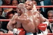 Menanti Laga Legendaris Mike Tyson dan Evander Holyfield