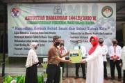 Pengurus Masjid Pemuda Al Muwahidin Kemenpora Beri Santunan 450 Tali Kasih