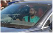 Kaca Depan Mobil Retak, Mohamed Salah Terlibat Kecelakaan di Jalan Raya?