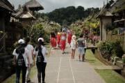 Menko Luhut : Pemulihan Pariwisata Butuh 10 Bulan