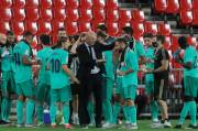 Zinedine Zidane : Real Madrid Belum Juara LaLiga