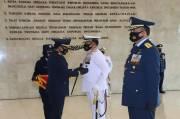 Panglima TNI Sematkan Bintang Angkatan Kelas Utama kepada KSAL dan KSAU