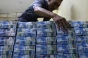 Transaksi Non Tunai Masih Lesu, Peredaran Uang Kartal Anjlok 6,17%