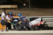 Ini Penjelasan Rusaknya Pagar Pembatas Akibat Diterjang Mobil Grosjean