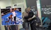 Mengharukan! Kalah TKO, Mike Tyson Baru Dipeluk Ayahnya
