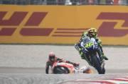 Tak Terima Ucapan Valentino Rossi, Kru Repsol Honda Bela Marquez