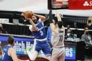 Lakers Terlempar dari Zona Playoff, Anthony Davis Meradang