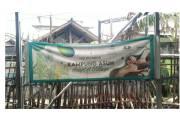Sasa Bagikan Beragam Bumbu Masak untuk Masyarakat Tidak Mampu di Kampung Tanah Merah