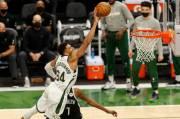 Hasil Semifinal Playoff NBA 2021 Bucks Samakan Agregat