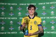 Victor Lindelof, Star of the Match Spanyol vs Swedia