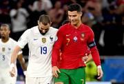 Reuni di Piala Eropa 2020, Benzema-Ronaldo Bertukar Jersey dan Saling Mendoakan