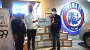 Arema FC Bagikan 1000 Paket Sembako Bantu Aremania dan Panti Asuhan