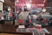 Tiga Pelaku Curanmor dan Dua Penadah Ditangkap Jatanras Polda Kepri