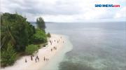 Manjakan Mata dengan Eksotisme Pulau Hijrah