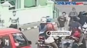 Viral, Terekam CCTV Pura-Pura Jadi Pengemis Buntung