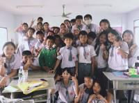 Mengajar hingga ke Thailand demi Pendidikan yang Bermutu
