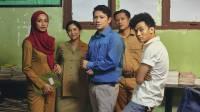 Dian Sastrowardoyo: Skenario Guru-Guru Gokil Hasil Wawancara Guru-guru di Pelosok