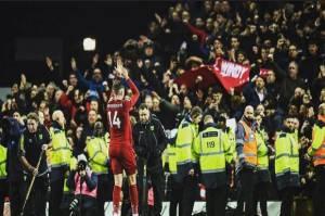 Henderson Merasa Aneh Angkat Trofi Liga Inggris Tanpa Kehadiran Penggemar