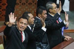 ICW Kritik KPK Tertutup soal Informasi Pemeriksaan Kasus Korupsi PT DI