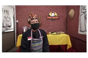 Pujian Sandiaga untuk Penjual Kopi Kemasan yang Beromzet Rp130 Juta Per Bulan
