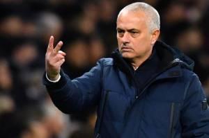 Mourinho Berharap Fans yang Memaki Dier kembali Datang ke Stadion