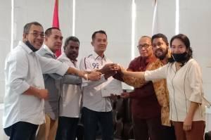 Resmi Diusung Perindo, Ali Ibrahim-Yohanis Siap Majukan Teluk Bintuni