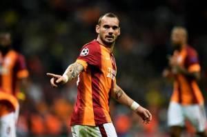 Ikuti Jejak Robben, Sneijder Pertimbangkan Comeback