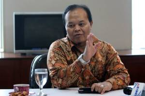 Dukung Revisi UU, HNW Usul Bayar Zakat Kurangi Besaran Pajak