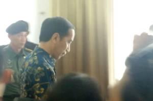 Jokowi Minta Pedagang Kecil Tak Patah Semangat, Bantuan Modal Siap Meluncur