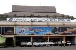 Bingungnya Warga Bandung: ke Bandara Husain cuma Satu Maskapai, ke Kertajati Lama