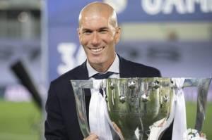 Bikin Madrid Bangga, Zidane Dinobatkan sebagai Pelatih Terbaik Sejagad