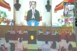 Jokowi Ajak Kader Gerindra Berjuang Hadapi Situasi Sulit